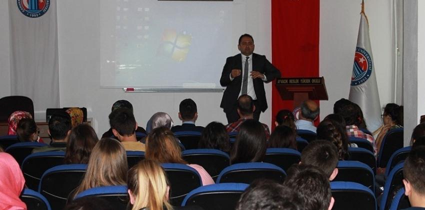 Ayvacık Myo'da Bankacılık Faaliyetleri Konulu Konferans