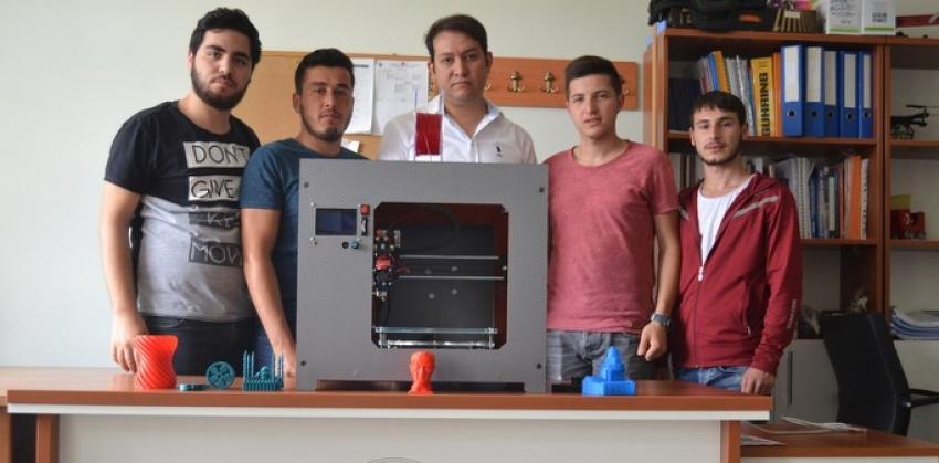 Yüksekokulumuzda 3 Boyutlu Yazıcı (3D Printer) Cihazı Üretildi