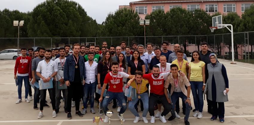 Sportif Faaliyetlerde Dereceye Giren Öğrencilerimize Ödülleri Verildi.