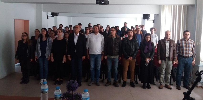 Gazi Mustafa Kemal Atatürk, Ebediyete Uğurlanışının 80. Yılında Biga Meslek Yüksekokulunda Düzenlenen Törenle Anıldı.