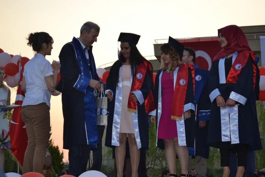 2014-15-mezuniyet-toreni