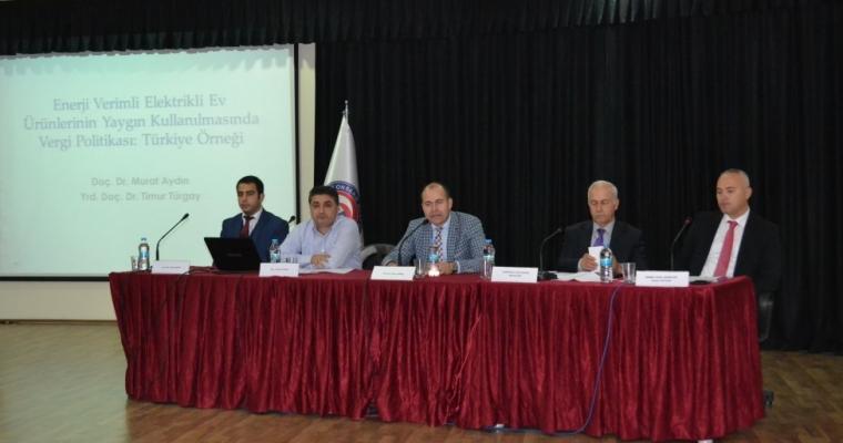 """Biga İİBF'de """"Dördüncü Maliye ve Muhasebe Forumu"""" Yapıldı"""