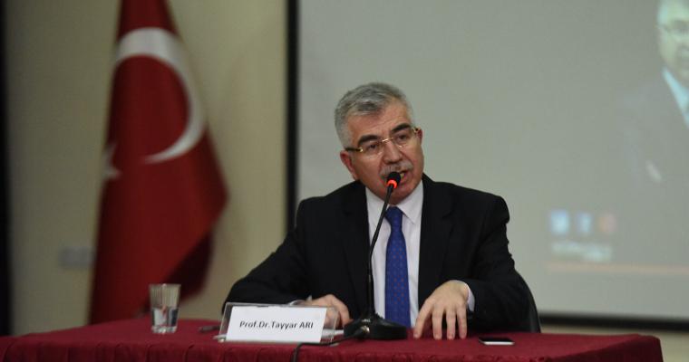 """""""Ortadoğu ve Türkiye"""" Konulu Bir Konferans Düzenlendi."""
