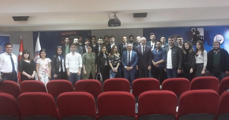 Üniversitemiz Rektörü Prof.Dr. Yücel ACER'in Katılımlarıyla Fakültemiz Öğrenci Temsilcilerinin Katıldığı Toplantı Düzenlendi.