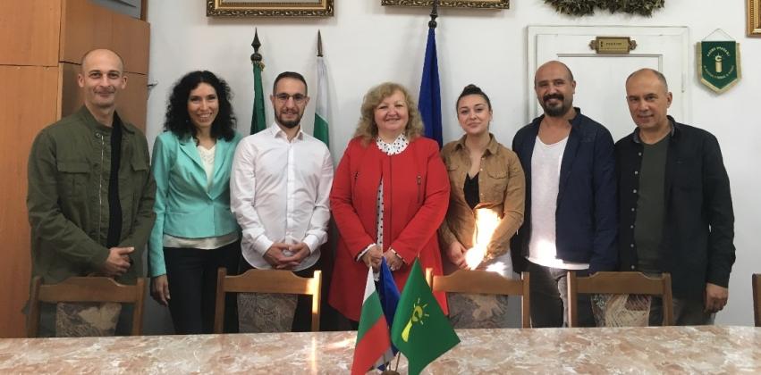 Bayramiç MYO Öğretim Elemanlarından Erasmus+Ders Verme Hareketliliği Kapsamında Bulgaristan University of Agribusiness and Rural Development'a Ziy