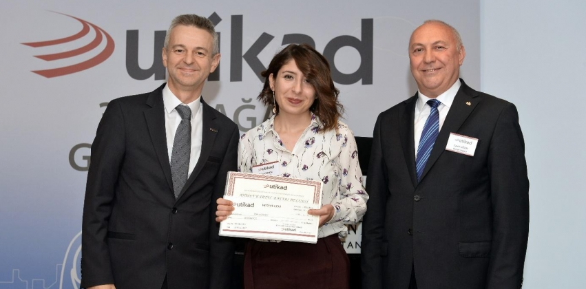 Mezun Öğrencimiz, 2017 Ahmet Kartal Başarı Ödülü'nü Aldı