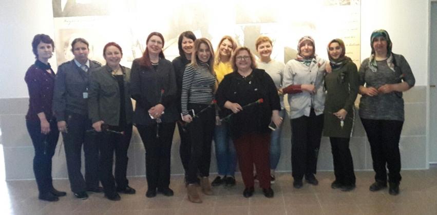 Çan MYO Akademik ve İdari Personeli 8 Mart Dünya Emekçi Kadınlar Gününü  Kutladı