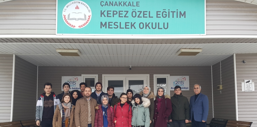 ÖZEL EĞİTİM ÖĞRENCİLERİNE YÖNELİK 'BİLGİSAYARSIZ KODLAMA' ETKİNLİĞİ