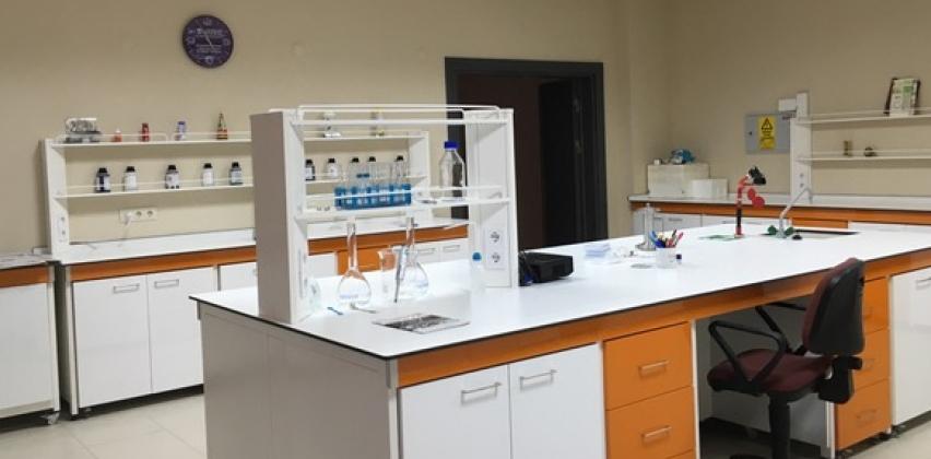 Çanakkale Bölgesinde Mesleki Eğitim Atölyesi ve Gıda İşleme/Analizi Laboratuvar Kurulumu¨ Başlıklı Proje Çalışmaları Sürdürülmektedir