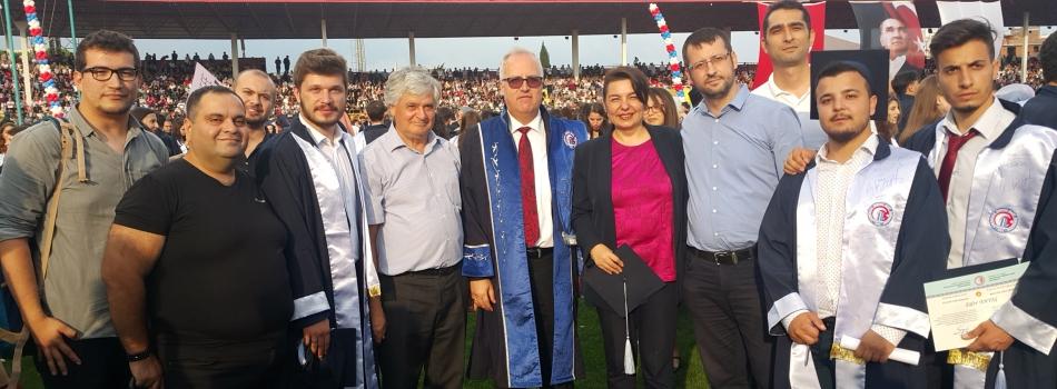 2017 - 2018 Eğitim - Öğretim Yılı Mezuniyet Töreninde Diploma Takdimleri Yapıldı