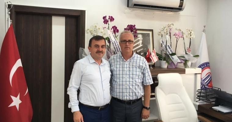 İl Millî Eğitim Müdürü Osman ÖZKAN, Fakültemiz Dekanı Prof.Dr. Salih Zeki GENÇ'i Ziyaret Etti