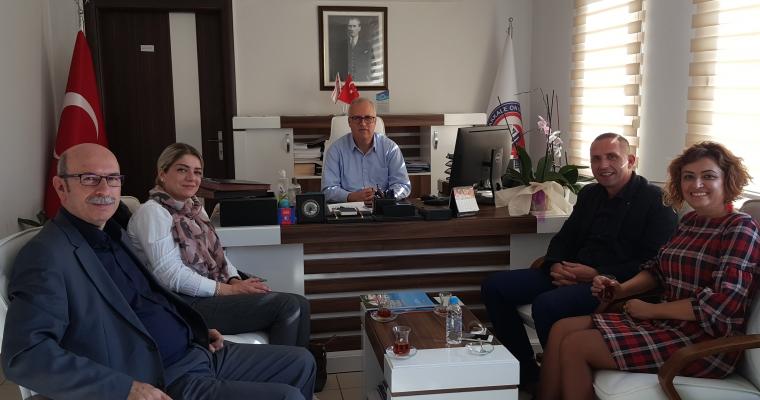 Kosova Cumhuriyeti'nden Akademisyenler Dekanımız Prof.Dr.Salih Zeki GENÇ'i Ziyaret Ettiler