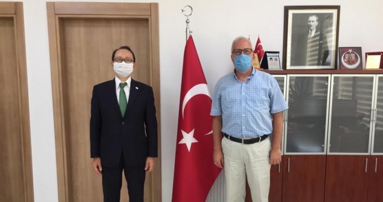 Japonya İstanbul Başkonsolosu Hisao Nishimaki fakültemize ziyaret gerçekleştirdi.