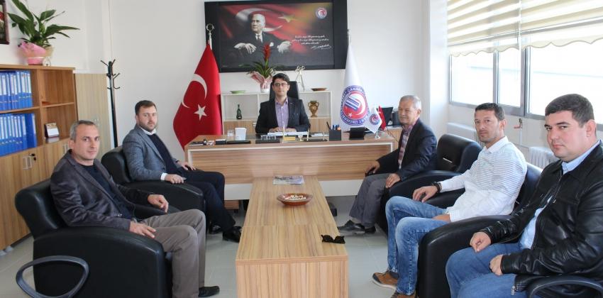 AK Parti İlçe Başkanlığı'ndan Ezine Meslek Yüksekokulu'na Ziyaret