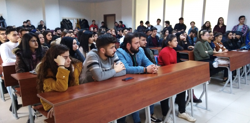 Türkiye HIV/AIDS konusunda bilgilendirme semineri yapılmıştır.