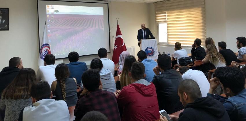 Lojistikte İş Akışı ve Prosesleri semineri verildi.