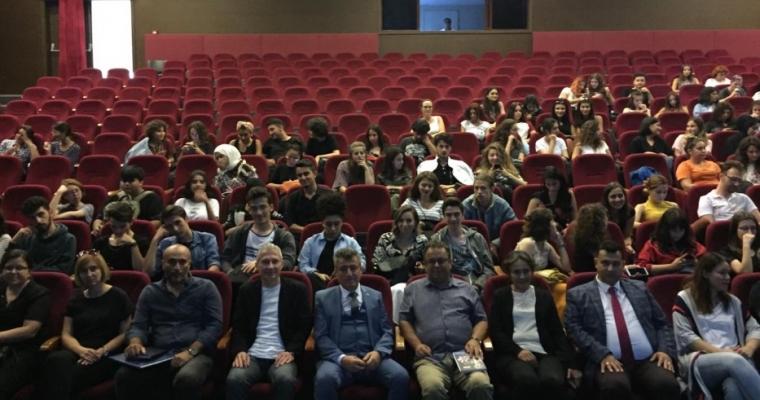 Yeni Kayıt Yaptıran Öğrencilere Yönelik Oryantasyon Toplantısı Yapıldı