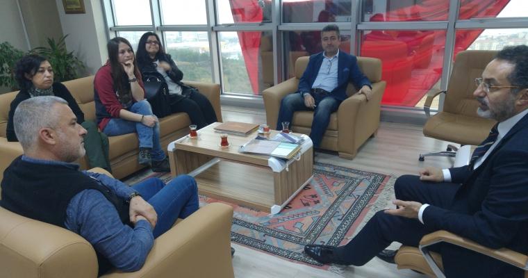 TEDSİAD Genel Koordinatörü Ahmet GELEMET ÇOMÜ Guzel Sanatlar Fakültesi Dekanı Prof.Dr.Dinçay KÖKSAL makamında ziyaret etti