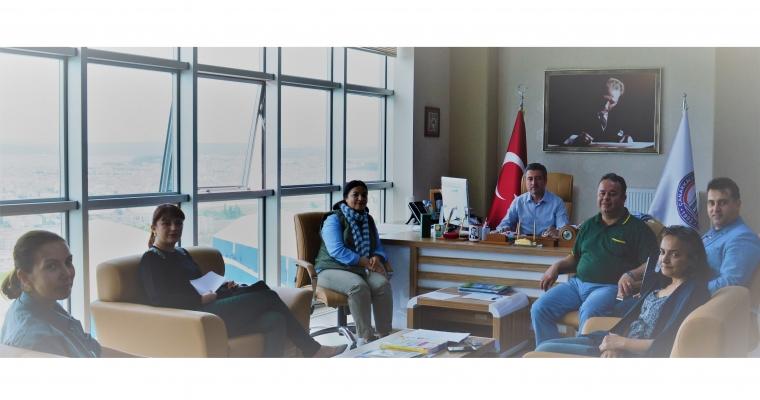 Güzel Sanatlar Fakültesi 21.05.2018 tarihinde Dekan V. Prof. Dr. Dinçay KÖKSAL başkanlığında Fakülte Yönetim Kurulu toplanmıştır.