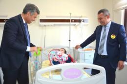 Vali Hamza ERKAL'dan Küçük Hastalarımıza Ziyaret