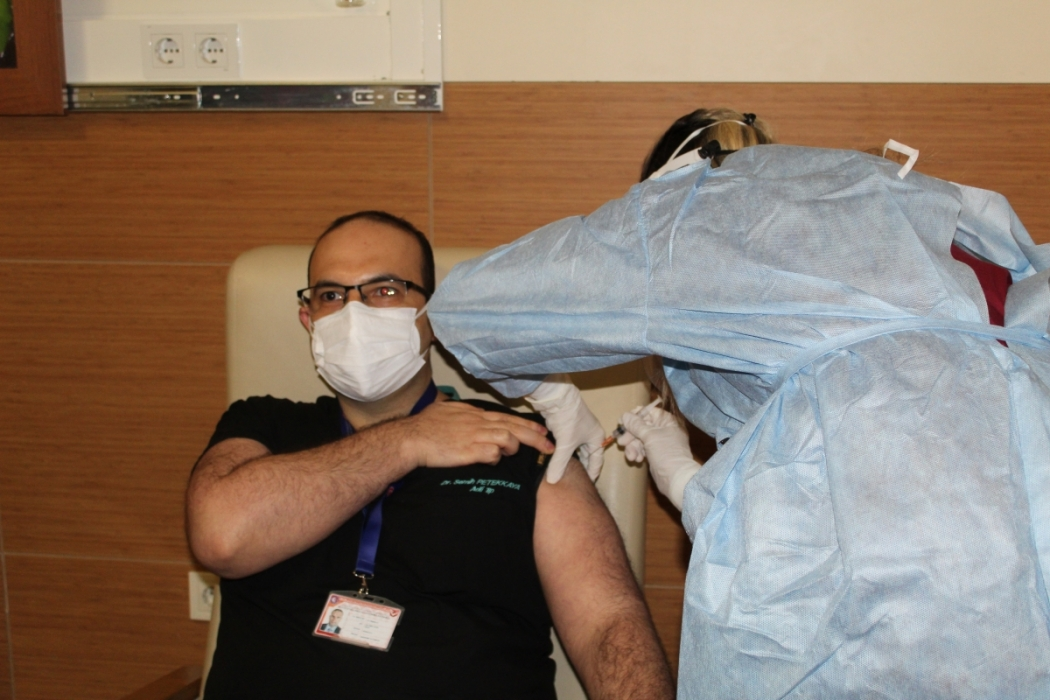comu-hastanesinde-asilamalar-basladi