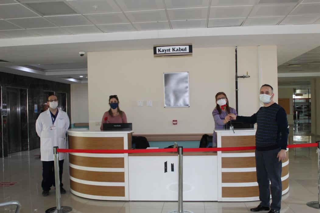 comu-hastanesinde-8-mart-dunya-kadinlar-gunu-kutla