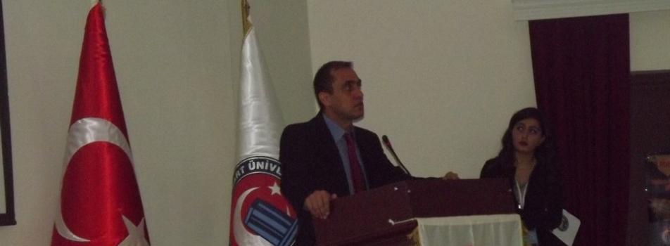 """Doç. Dr. Niyazi Arslan tarafından """"TEC'in Bağıl GPS Konumlamasına Etkileri"""" konferansı verildi."""