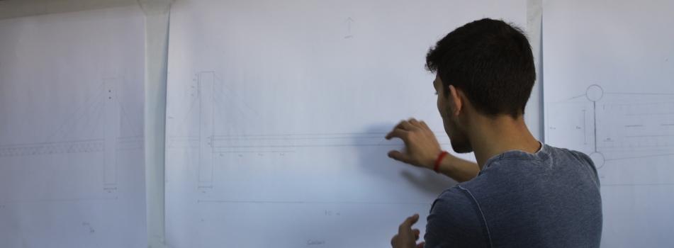 Teknik Resim Dersi Kapsamında Öğrencilerden Yaya ve Bisiklet Köprüsü Tasarımı