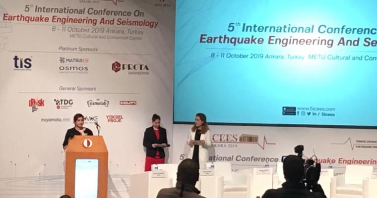 """Fakültemiz Jeofizik Mühendisliği Bölümü Arş. Gör. Dr. Özlem KARAGÖZ TAN, Türkiye Deprem Mühendisliği Derneği (TDMD) Bilim ve Teşvik Ödülleri'ne """"2019"""