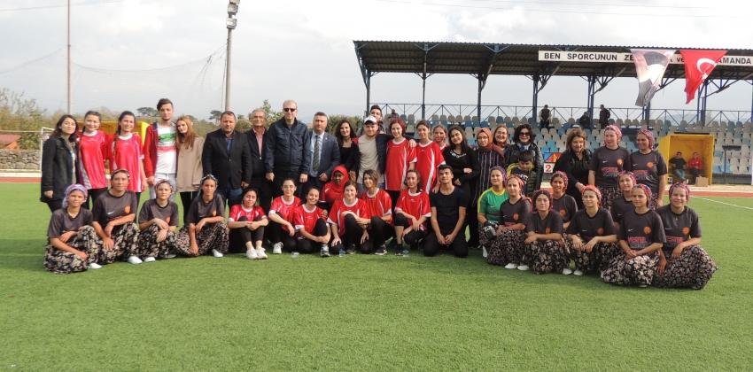 SHMYO ve Yukarıköy Şalvarspor Futbol Takımları Arasında Dostluk Maçı Yapıldı