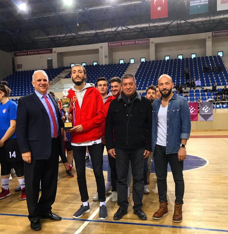 comu-kadin-ve-erkek-basketbol-takimlarimiz-sampiyo
