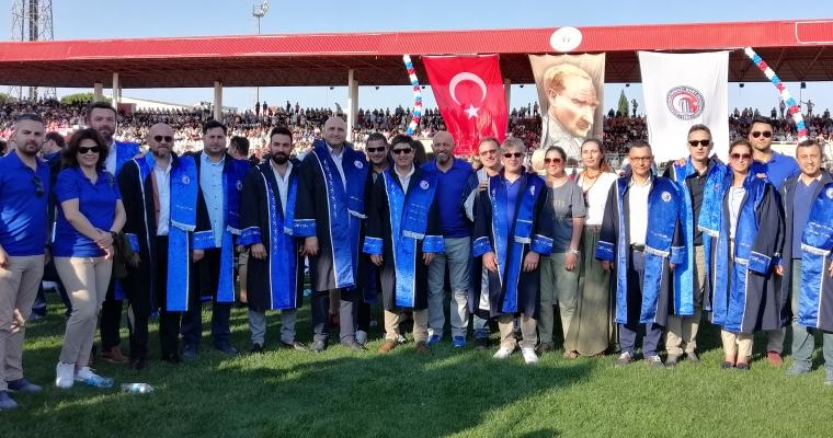 Spor Bilimleri Fakültesi'nde Mezuniyet Coşkusu...