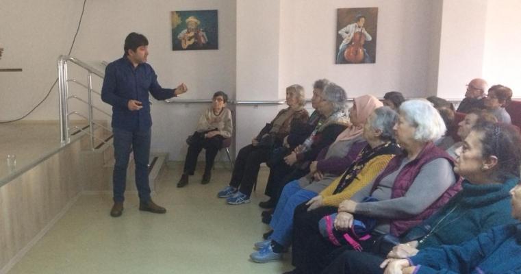 Dekanımız Prof.Dr. Hürmüz Koç Çanakkale Belediyesi Altın Yıllar Yaşam Merkezi'nde Sunum Gerçekleştirdi.