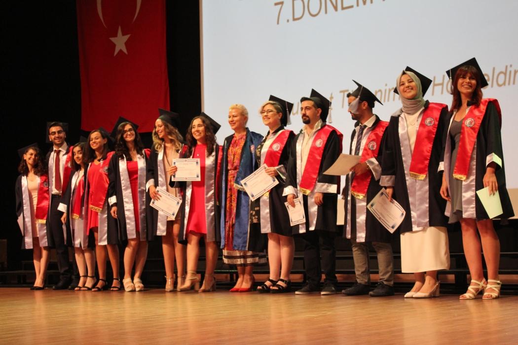 fakultemizde-7-donem-mezuniyet-heyecani