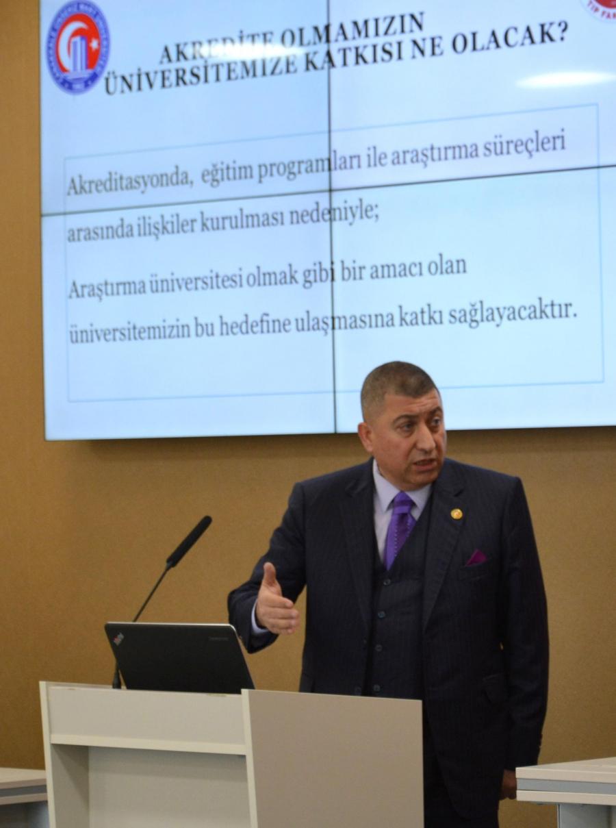 dekanimiz-prof-dr-tamer-demir-akreditasyon-calisma