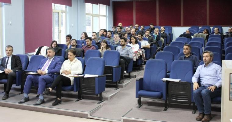 Tıp Fakültesi Dekanlığı'ndan İletişim Seminerleri