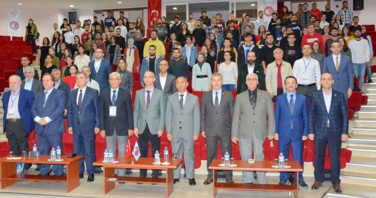 Fakültemiz ev sahipliğinde Global Congress on Smart Tourism (GLOSTOUR) kongresi gerçekleştirildi.