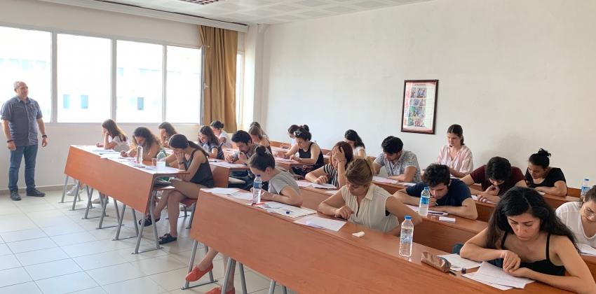 Enstitüler Lisansüstü Yabancı Dil Sınavı yapıldı