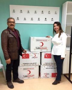 Kızılay Çanakkale Şube Başkanı Mehmet Kaplan ÇOMÜ Butiğe Bağışta Bulundu