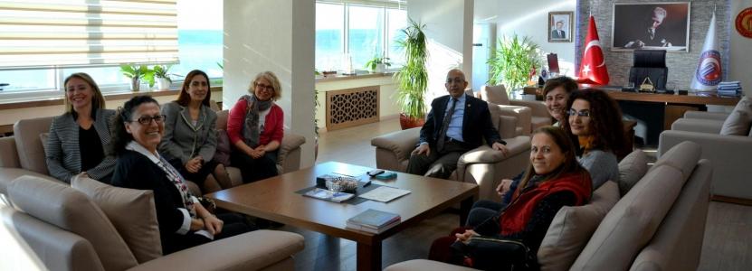 ÇOMÜ KAM'dan ÇOMÜ Rektörü Prof. Dr. Sedat Murat'a Ziyaret.