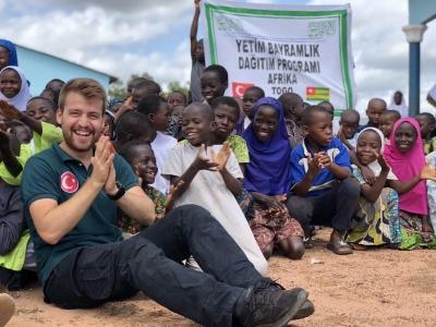 ÇOMÜ Sosyal Sorumluluk Topluluğu, Gönül Coğrafyası Afrika Projesi'ni Gerçekleştirdi
