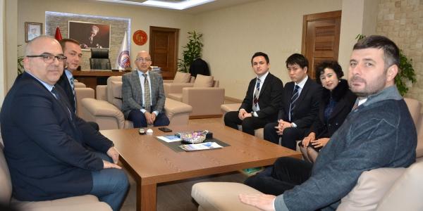 Japonya Meikai Üniversitesi'nden ÇOMÜ Rektörü Prof. Dr. Sedat Murat'a Ziyaret.