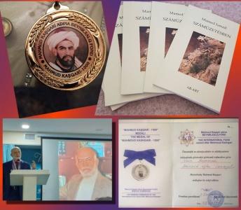 Prof. Dr. Mehmet İsmail'e Kaşgarlı Mahmut Diploması ve Madalyası Verildi