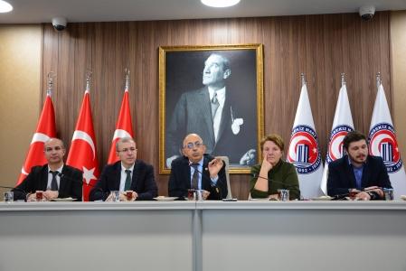 ÇOMÜ Rektörü Prof. Dr. Sedat Murat, Öğrenci Topluluklarının Başkanlarıyla Buluştu