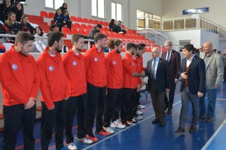 Türkiye Üniversite Sporları Federasyonu Voleybol İkincilik Grup Birinciliği Müsabakaları ÇOMÜ Evsahipliğinde Başladı
