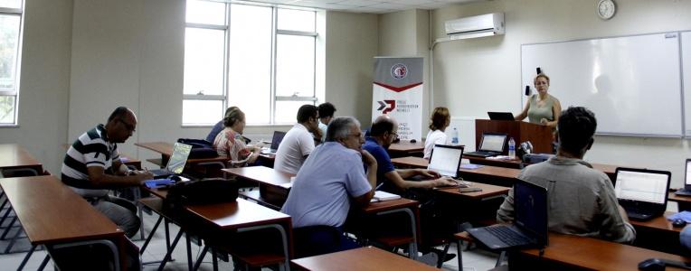 Üniversitemizde TÜBİTAK Projeleri Yazma Eğitimleri Gerçekleştirildi