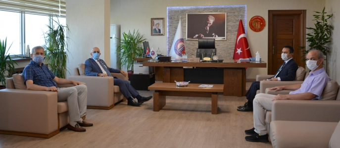 Çanakkale Valisi İlhami Aktaş'tan ÇOMÜ Rektörü Prof. Dr. Sedat Murat'a Ziyaret