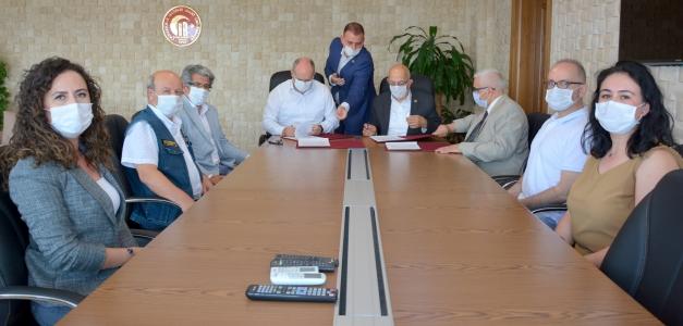 ÇOMÜ ile Çanakkale Orman Bölge Müdürlüğü Arasında Protokol İmzalandı