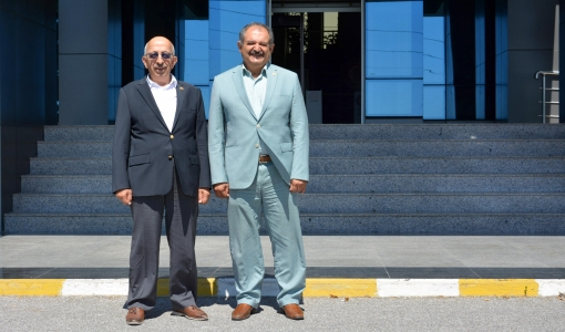 Eski Emniyet Genel Müdür Yardımcısı Feyzullah Arslandan ÇOMÜ Rektörü Prof. Dr. Sedat Murat'a Ziyaret