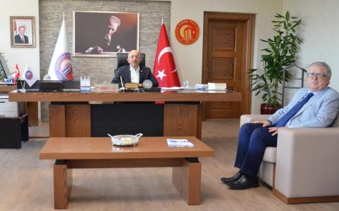 İl Müftüsü Şükrü Kabukçu'dan ÇOMÜ Rektörü Prof. Dr. Sedat Murat'a Ziyaret